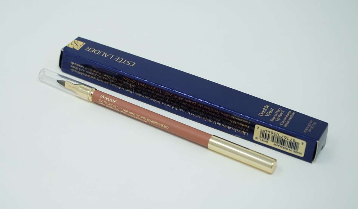 Estee Lauder Double Wear Stay-in-Place Lip Pencil DW LP 18